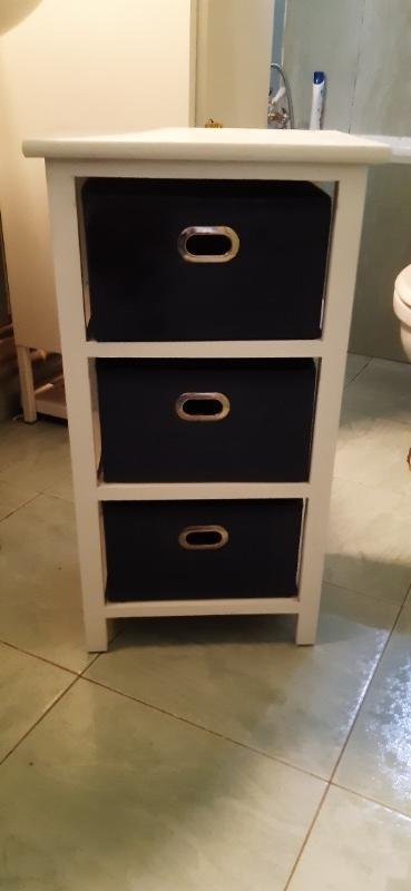 Recyclage, Récupe & Don d'objet : petit meuble de salle de bain