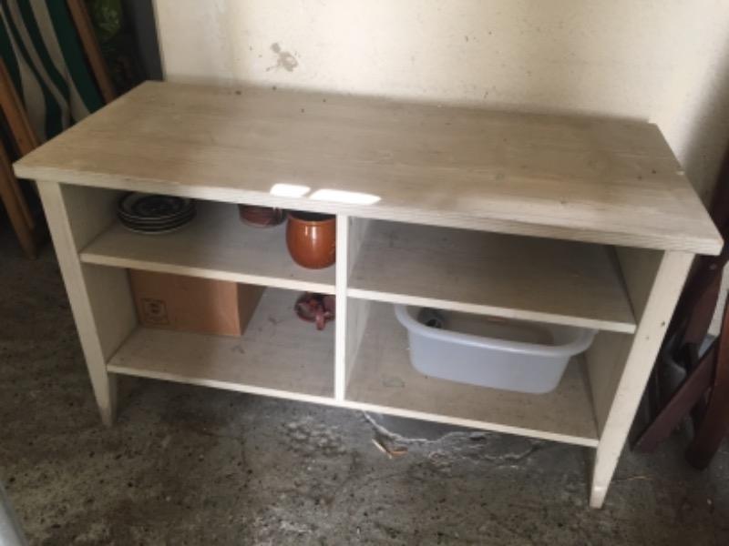 Recyclage, Récupe & Don d'objet : commode basse / meublé télé