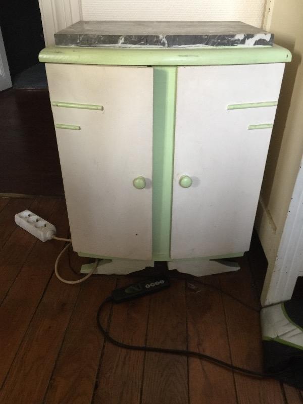 Recyclage, Récupe & Don d'objet : meuble de chevet rangement