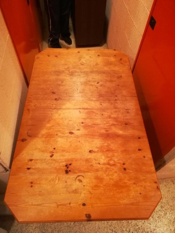 Recyclage, Récupe & Don d'objet : table en pin 4 pers