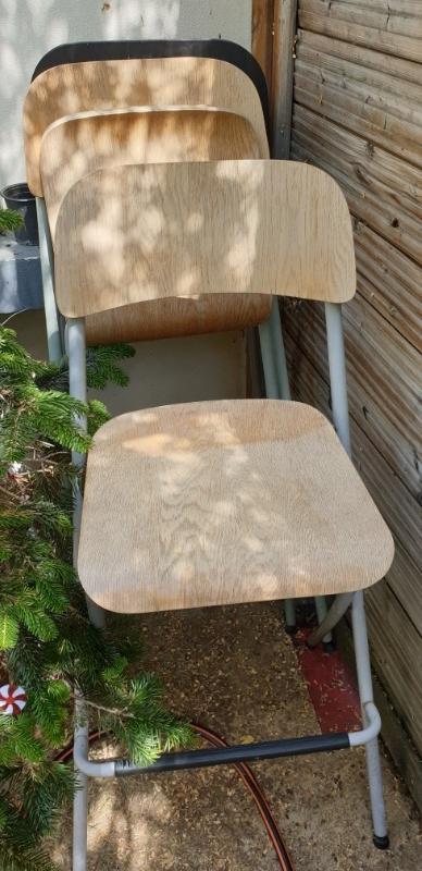 Recyclage, Récupe & Don d'objet : chaise de bar modèle franklin ikea