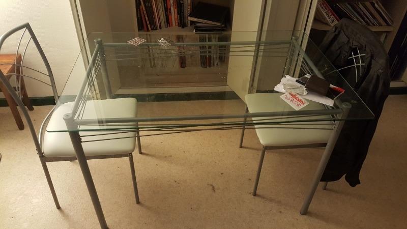 Recyclage, Récupe & Don d'objet : 1 table et 2 chaises