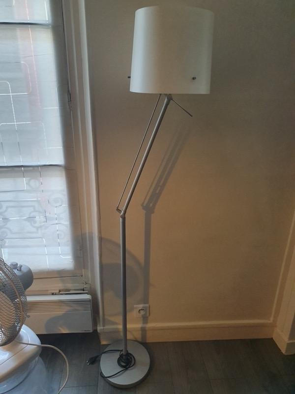 Recyclage, Récupe & Don d'objet : lampe (liseuse)