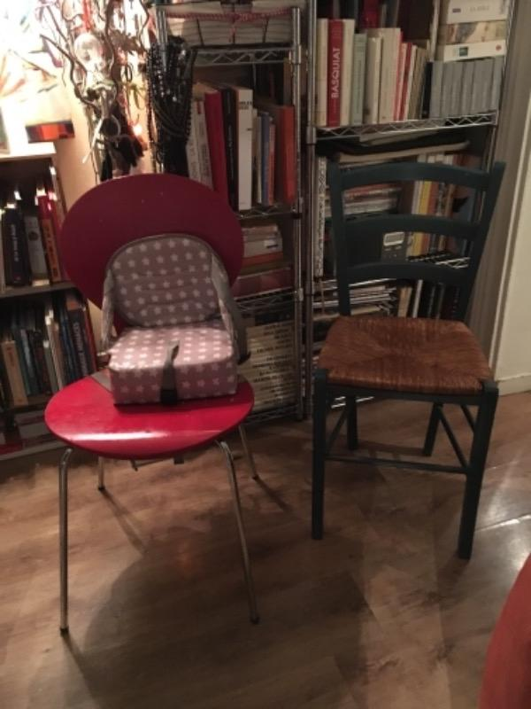 Recyclage, Récupe & Don d'objet : 4 chaises en bois, assises paille et une c...