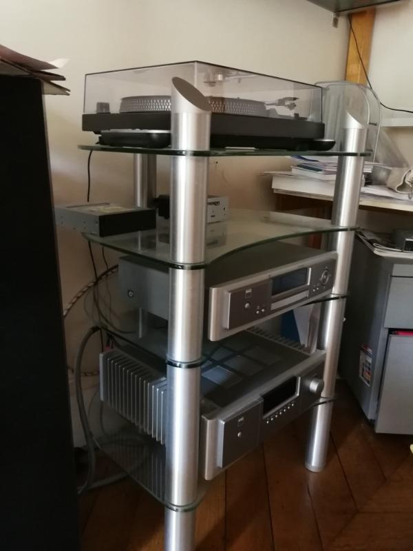 Recyclage, Récupe & Don d'objet : meuble hi-fi spectral