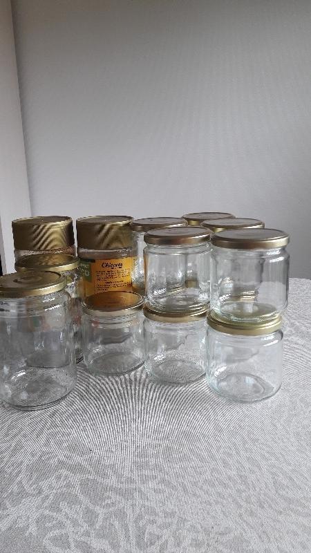 Recyclage, Récupe & Don d'objet : bocaux, pots à yaourts, verres avec couver...