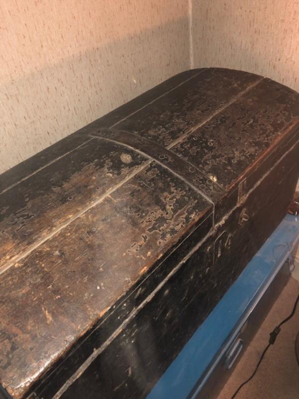 Recyclage, Récupe & Don d'objet : grosse malle en bois