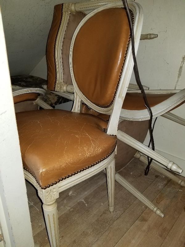 Recyclage, Récupe & Don d'objet : 6 chaises louis 16 cuir