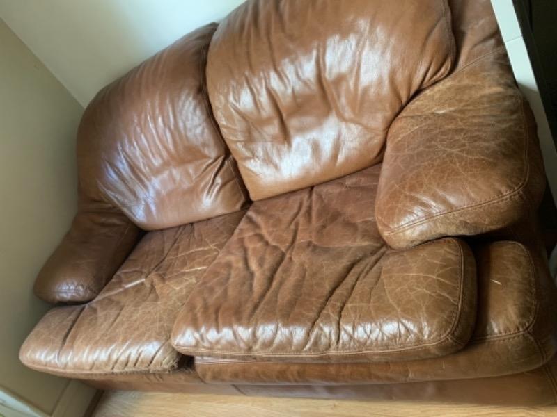 Recyclage, Récupe & Don d'objet : divan en cuire