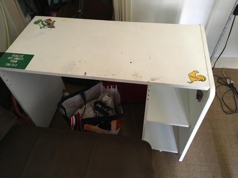 Recyclage, Récupe & Don d'objet : bureau pour ordinateur