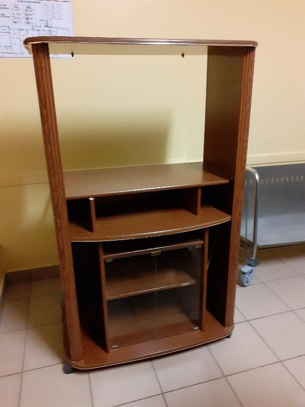 Recyclage, Récupe & Don d'objet : meuble pour téléviseur
