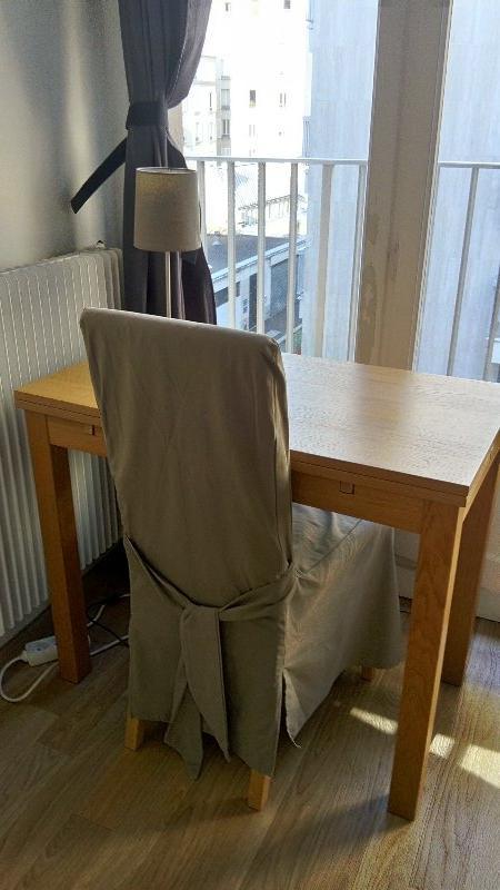 Recyclage, Récupe & Don d'objet : table ikéa et 2 chaises