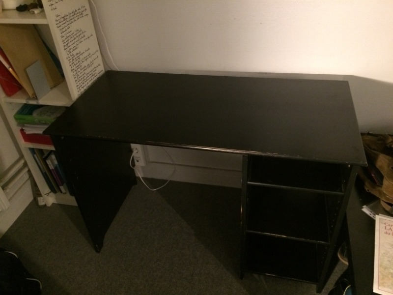 Recyclage, Récupe & Don d'objet : bureau en bois avec rangements