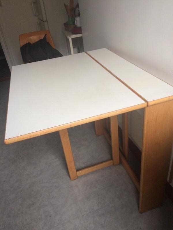 Recyclage, Récupe & Don d'objet : table de cuisine pliante habitat