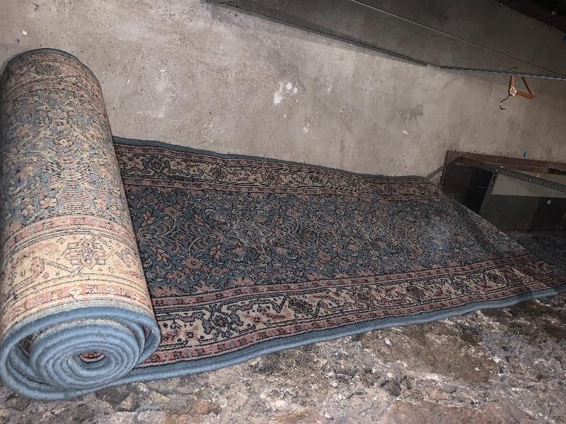 Recyclage, Récupe & Don d'objet : tapis 6 metresx80 cm bleu