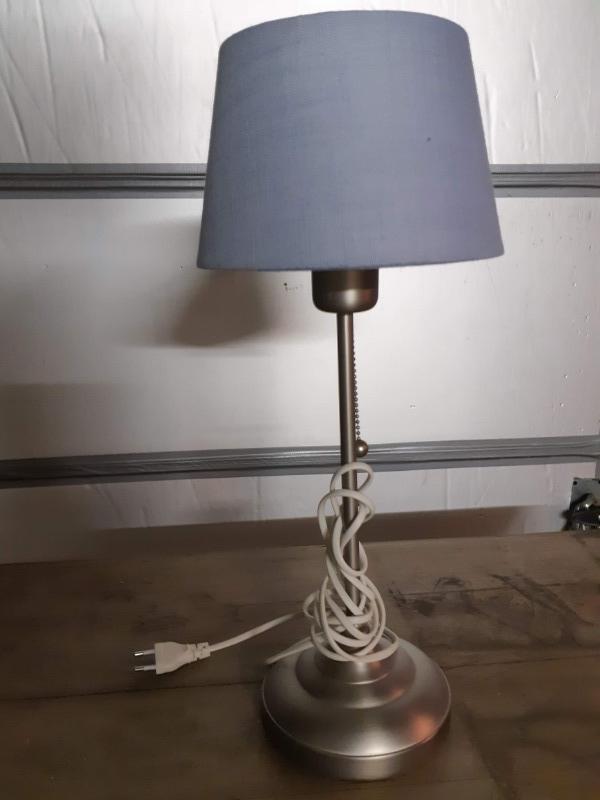 Recyclage, Récupe & Don d'objet : lampe à poser