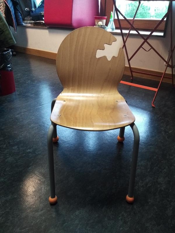 Recyclage, Récupe & Don d'objet : petite chaise enfant