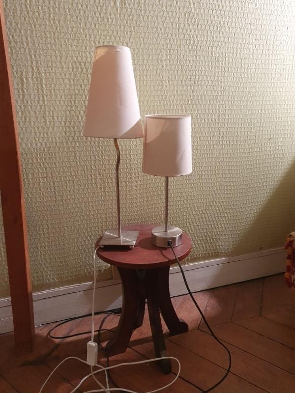 Recyclage, Récupe & Don d'objet : 3 lampes (abat-jours crème ou rouge)