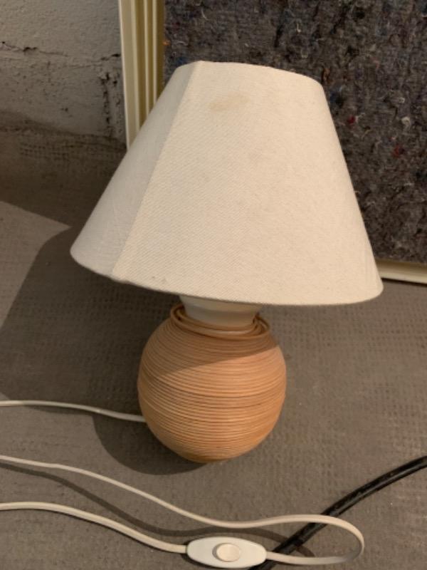 Recyclage, Récupe & Don d'objet : lampe de chevet