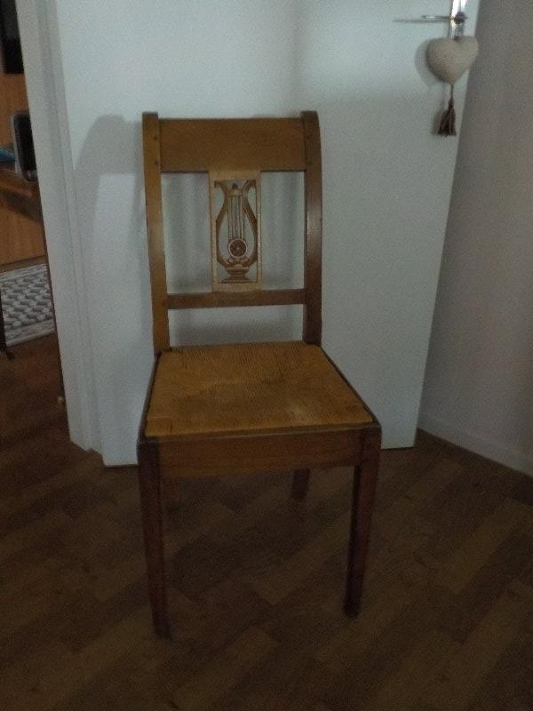 Recyclage, Récupe & Don d'objet : 6 chaises en chene, paillées