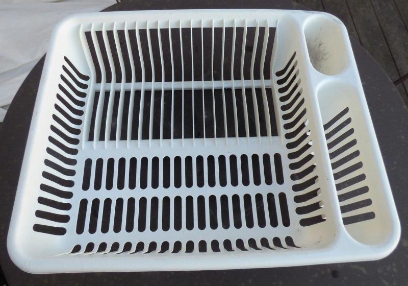 Recyclage, Récupe & Don d'objet : egouttoir a vaisselle
