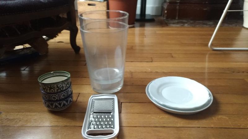 Recyclage, Récupe & Don d'objet : assiettes ,vases (en verre)
