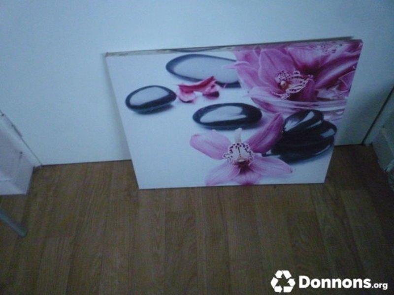 Recyclage, Récupe & Don d'objet : tableau toile orchidées et galets noirs