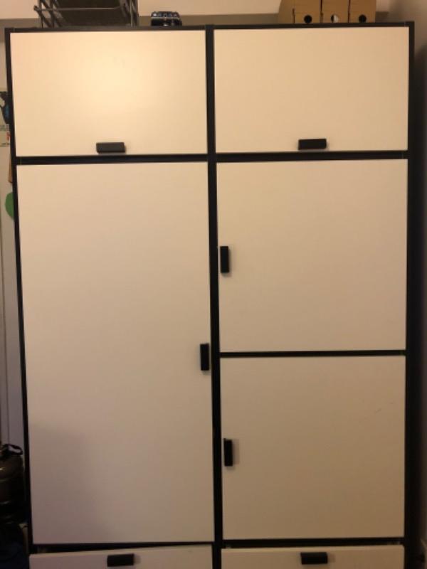 Recyclage, Récupe & Don d'objet : grande armoire ikea avec penderie