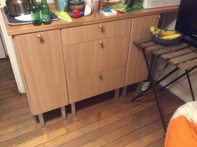 Recyclage, Récupe & Don d'objet : armoire de rangement  en bois