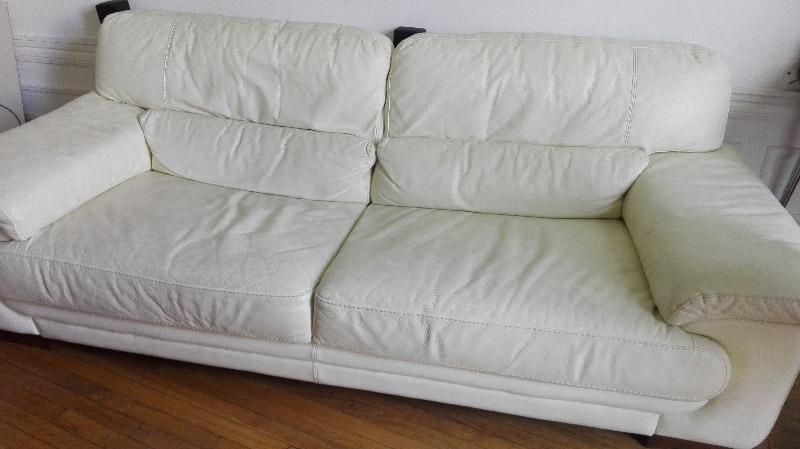 Recyclage, Récupe & Don d'objet : canapé en cuir blanc longueur 222 cm, prof...