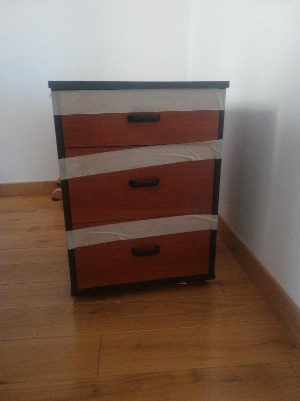 Recyclage, Récupe & Don d'objet : petit meuble à tiroirs