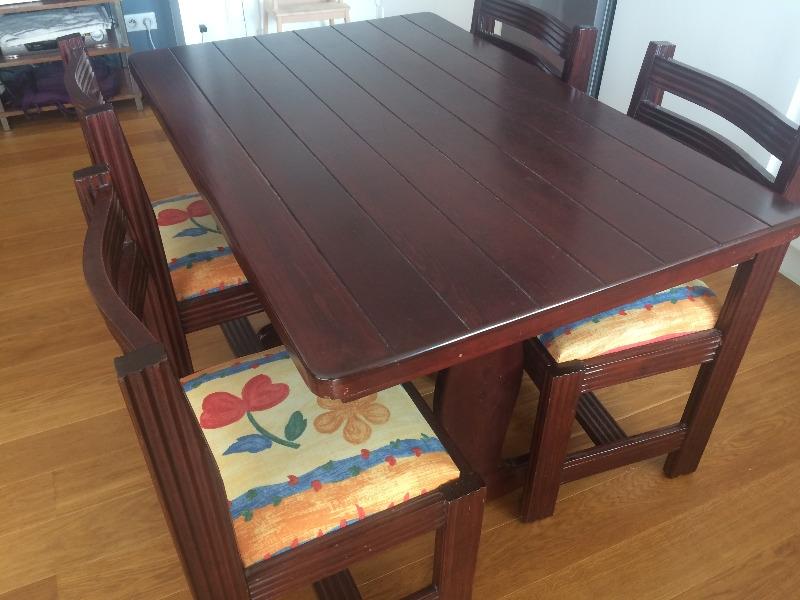 Recyclage, Récupe & Don d'objet : table et chaises en bois