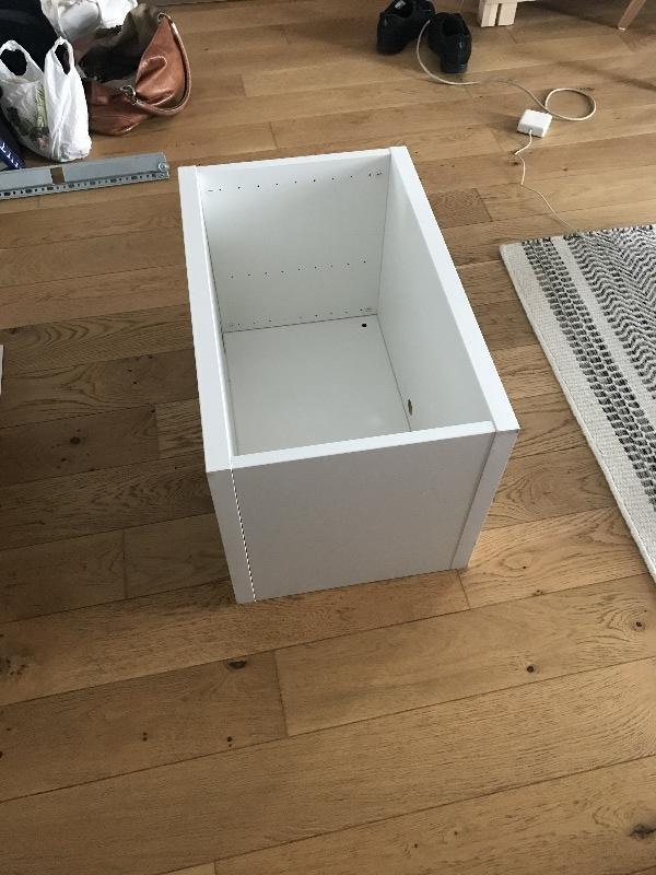 Recyclage, Récupe & Don d'objet : boite blanche ikea