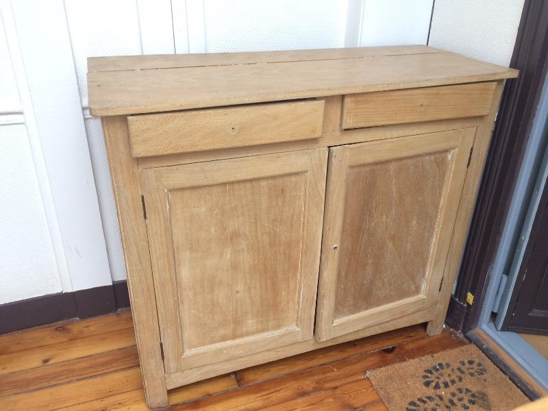 Recyclage, Récupe & Don d'objet : beau meuble en bois massif à restaurer