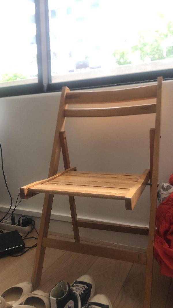 Recyclage, Récupe & Don d'objet : chaise pliable en bois