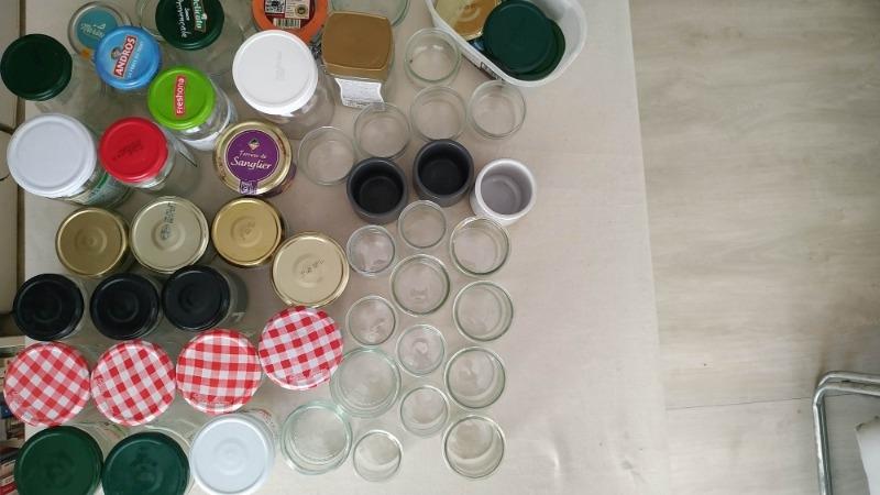 Recyclage, Récupe & Don d'objet : lot de bocaux à confiture et pots yaourt e...