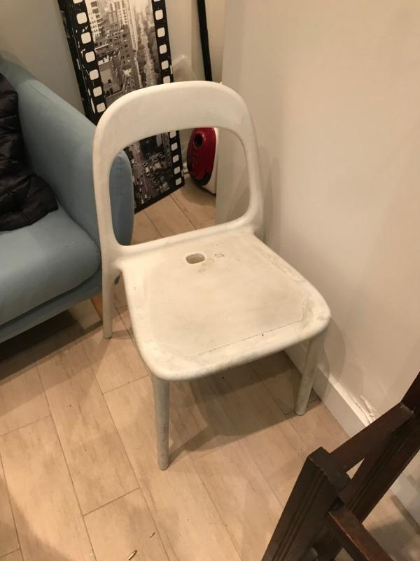 Recyclage, Récupe & Don d'objet : chaise ikea