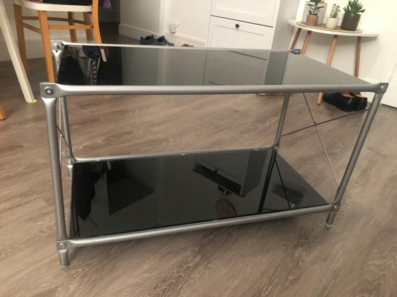 Recyclage, Récupe & Don d'objet : meuble tv ou meuble d'appoint