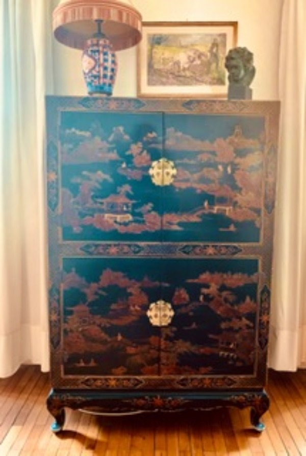 Recyclage, Récupe & Don d'objet : meuble / placard télé style chinois
