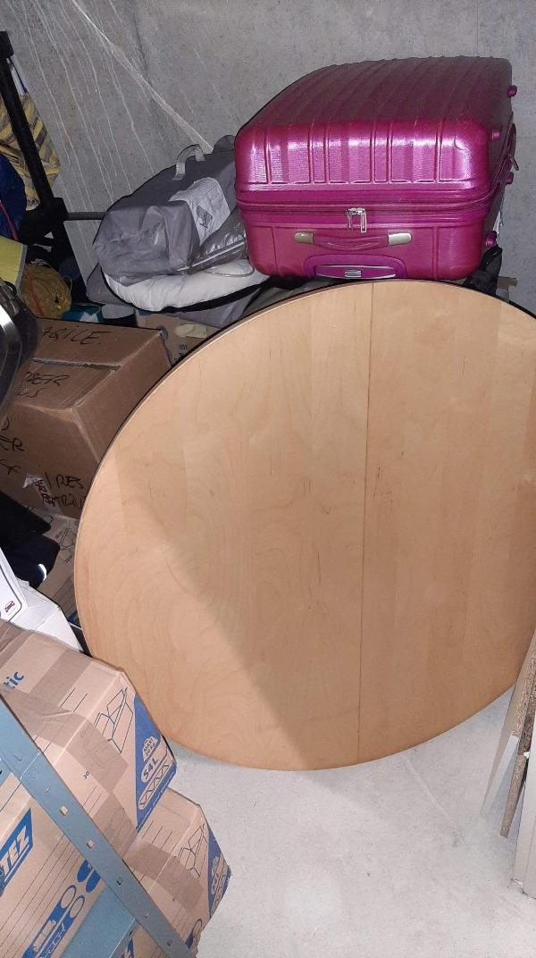 Recyclage, Récupe & Don d'objet : table ronde ikea couleur bois avec rallonge intégrée