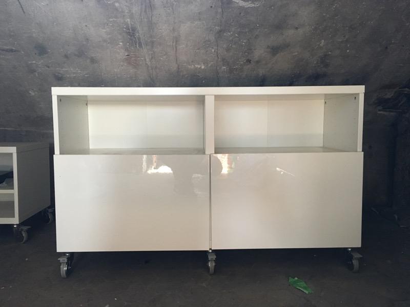 Recyclage, Récupe & Don d'objet : meuble tv hauteur moyenne.
