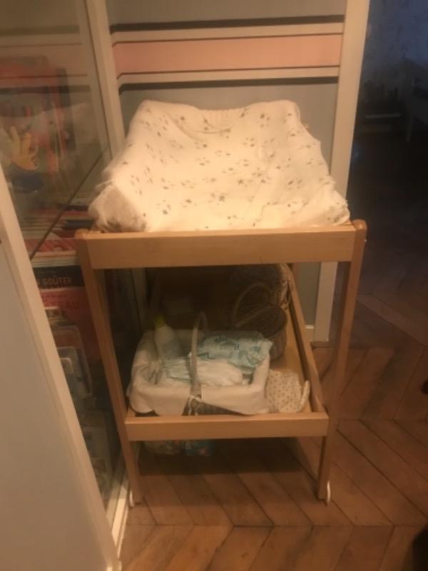Recyclage, Récupe & Don d'objet : table à langer et deux chaises hautes pour...