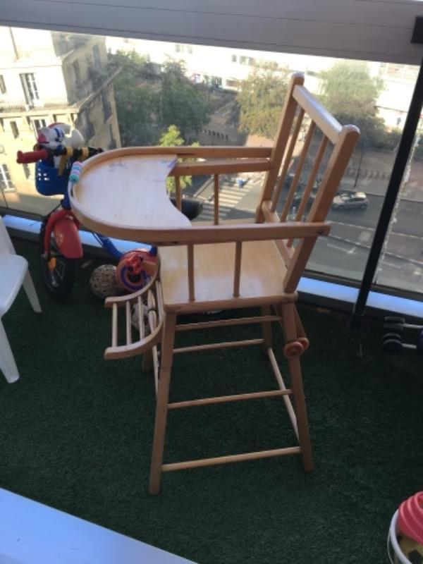 Recyclage, Récupe & Don d'objet : chaise haute en bois