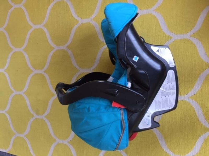 Recyclage, Récupe & Don d'objet : siège auto bébé moins de 13kg