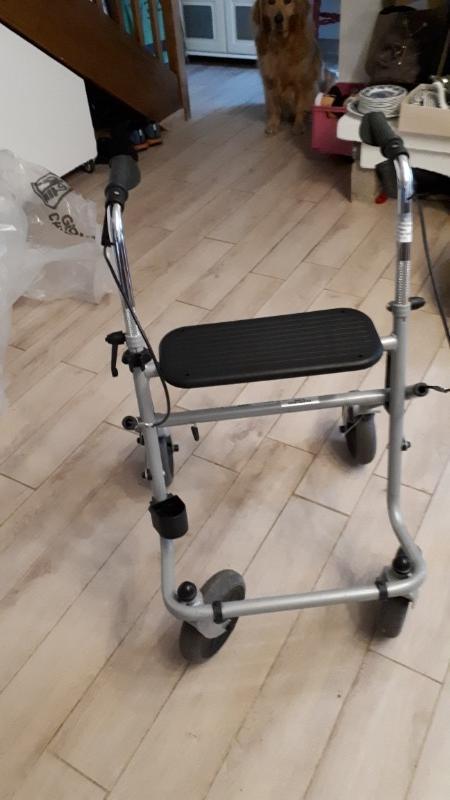 Recyclage, Récupe & Don d'objet : fauteuil roulant