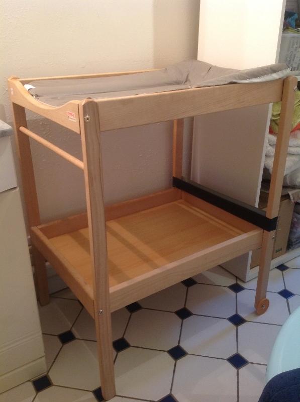 Recyclage, Récupe & Don d'objet : table à langer combelle