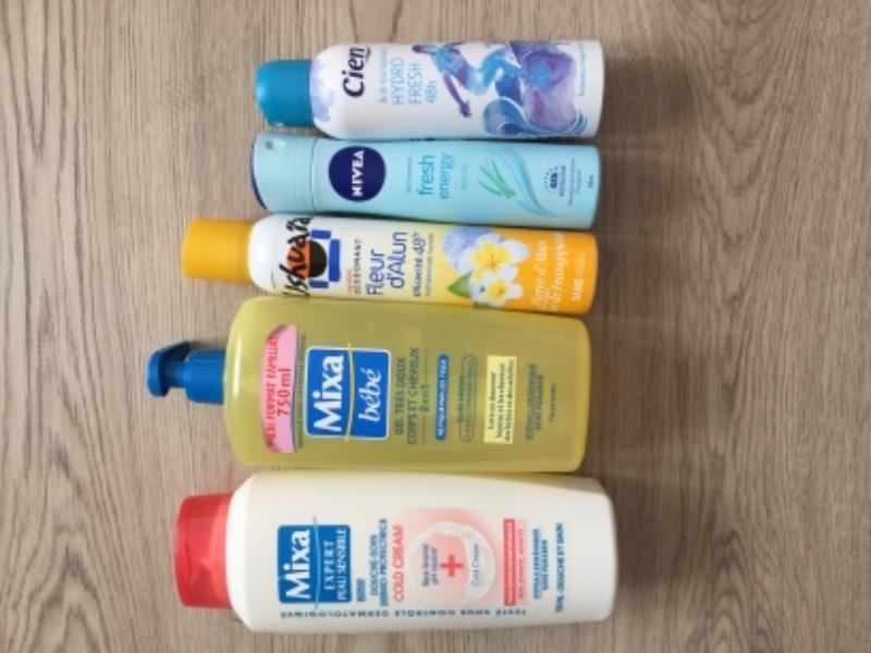 Recyclage, Récupe & Don d'objet : gel douche mixa bébé et déodorants