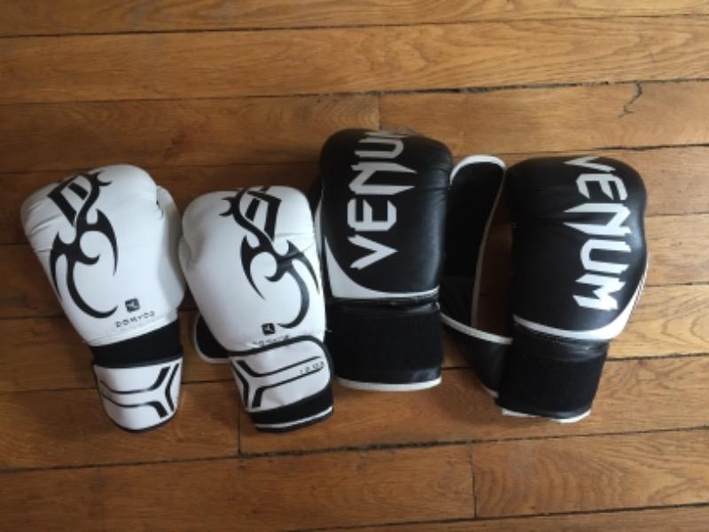 Recyclage, Récupe & Don d'objet : deux paires de gants de boxe