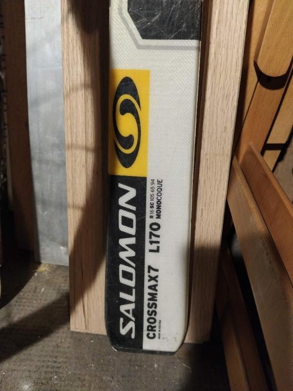 Recyclage, Récupe & Don d'objet : ski = fixation