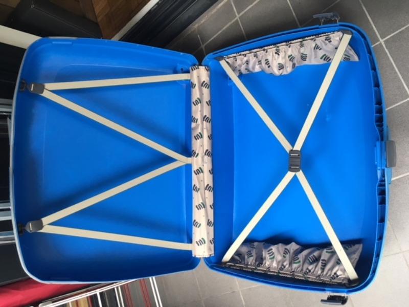 Recyclage, Récupe & Don d'objet : grande valise samsonite rigide